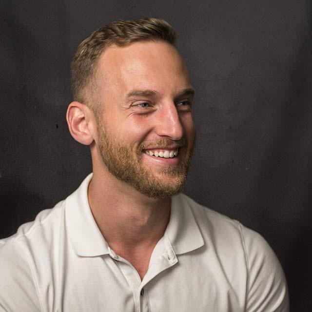 JEBCommerce Employee Profile - Thomas Henderson